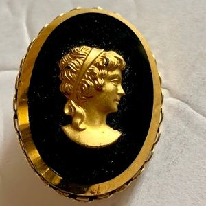 Gold Carved Cameo Black Stone Brooch Pin